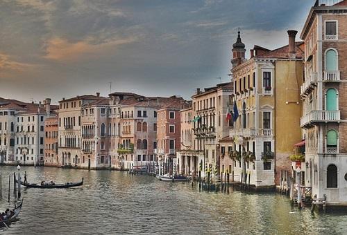 """水で栄えた都""""ヴェネツィア"""""""